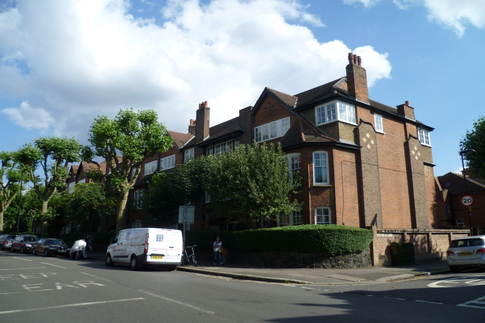 Financial advice in Muswell Hill, London